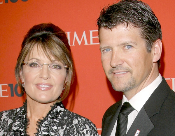 Sarah Palin's Husband Todd Files for Divorce After 30 Years of Marriage