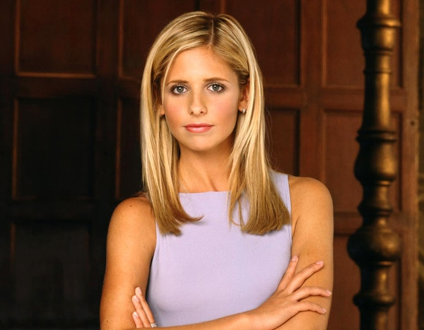 Let This Photo of Buffy Star Sarah Michelle Gellar Wielding a Giant Stake Comfort You