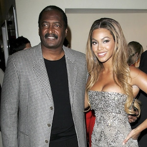 Beyonce Knowles, Matthew Knowles