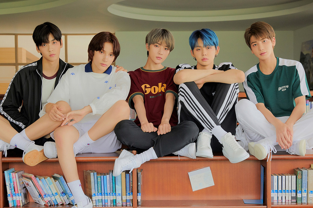 TXT, The Dream Chapter: MAGIC