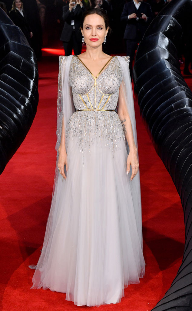 Angelina Jolie, Fashion Police Widget