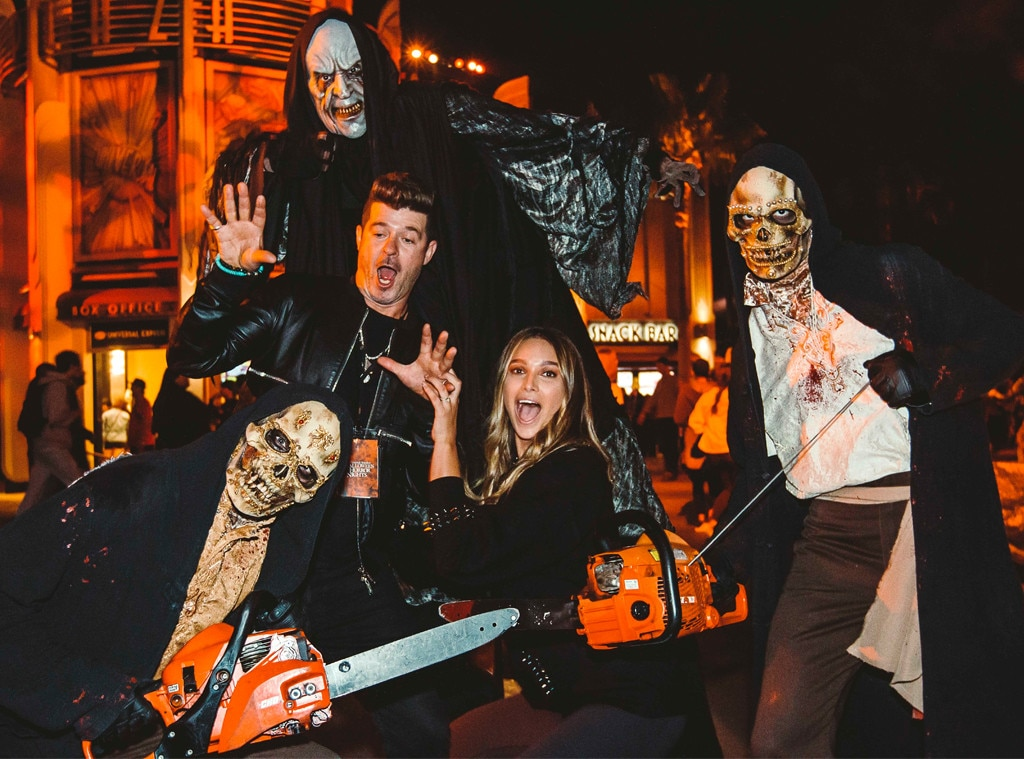 Robin Thicke, April Love Geary, Halloween Horror Nights, Universal Studios Hollywood