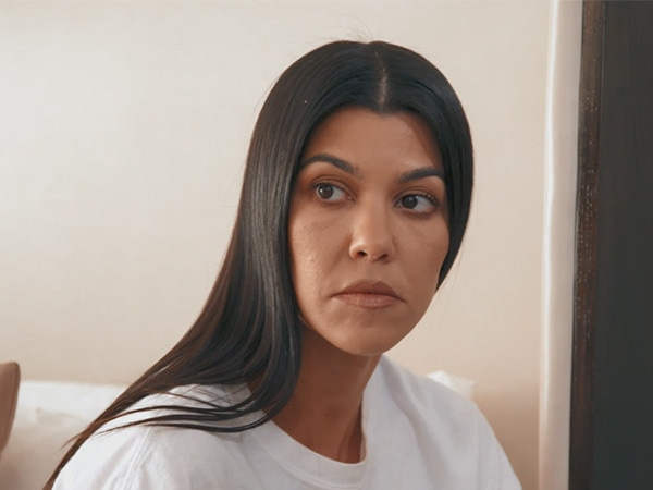 Kourtney Kardashian Finds Out Who Stole $5,200 & Hacked Her on <i>KUWTK</i>