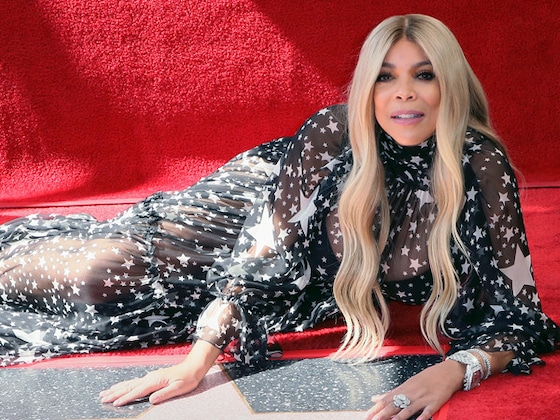 "Wendy Williams Gets Emotional When Addressing ""Very Tough Year"" at Walk of Fame Ceremony"