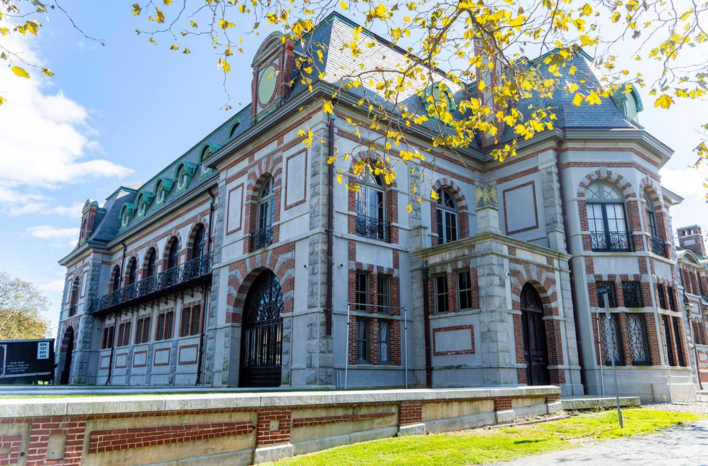 Jennifer Lawrence, Cooke Maroney, Belcourt Mansion, Newport, Rhode Island
