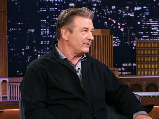Watch Alec Baldwin Drop His Pants and Show Off Weight Loss In NSFW Video