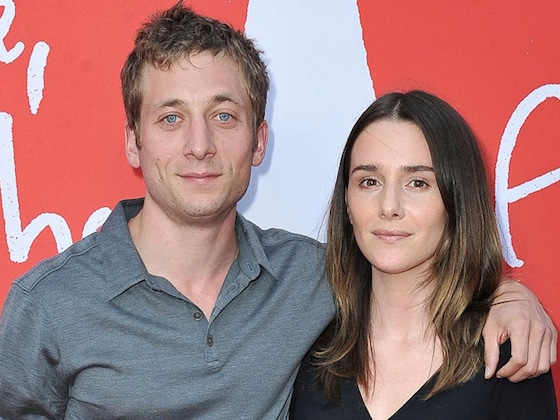 <i>Shameless</i>' Jeremy Allen White Marries Addison Timlin