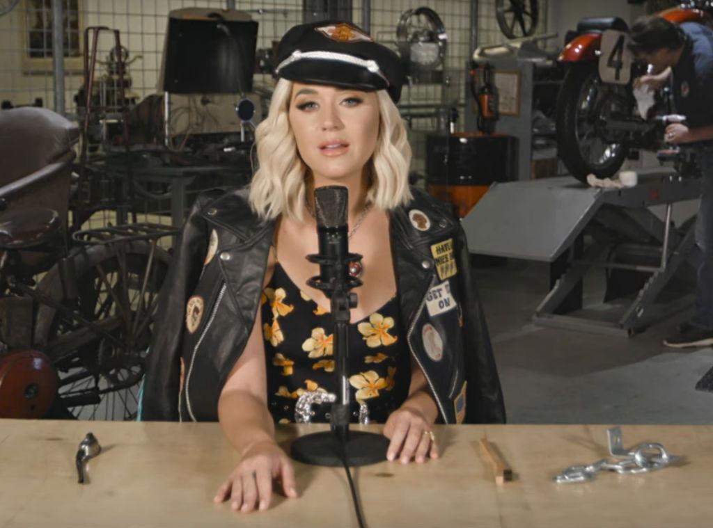 Katy Perry, Harleys in Hawaii
