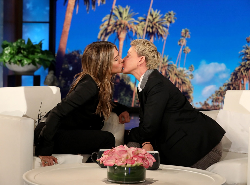 Jennifer Aniston And Ellen DeGeneres Share A Kiss On 'The Ellen Show'