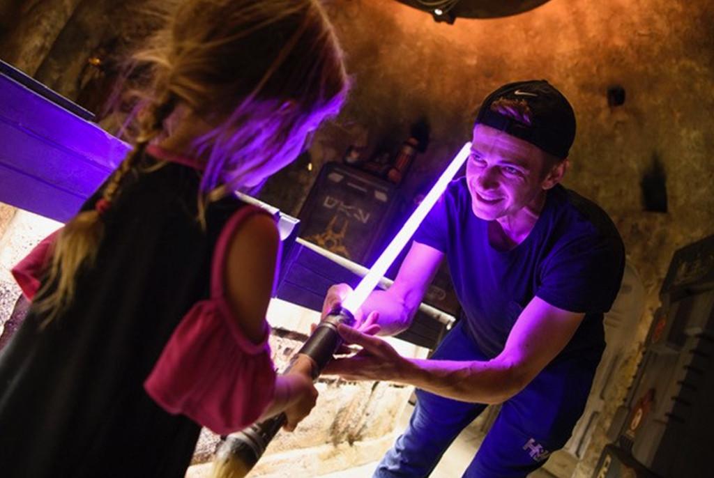 Hayden Christensen, Briar Rose Christensen, Disneyland, Star Wars: Galaxy's Edge