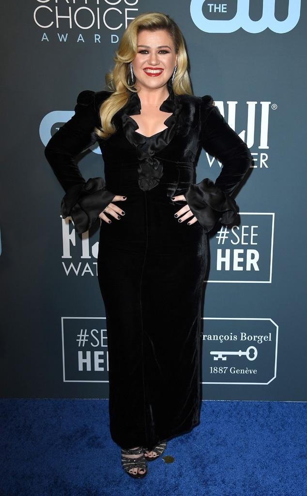 Kelly Clarkson, 2020 Critics Choice Awards, Red Carpet Fashion