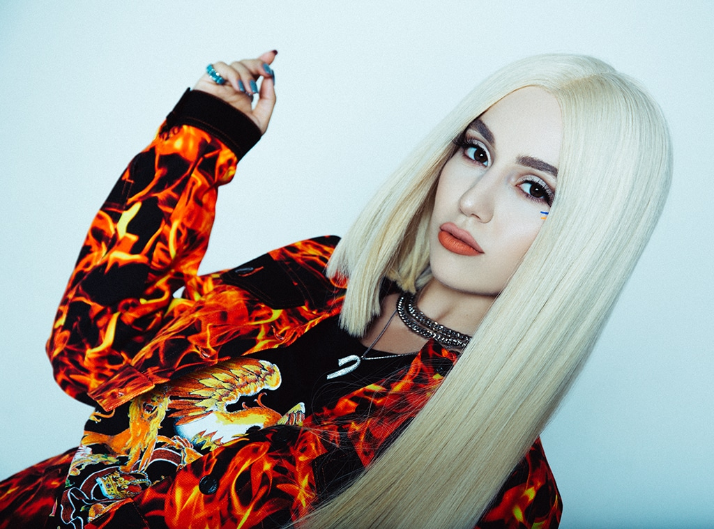 Ava Max Reveals The Story Behind Her Signature Hairstyle The Max Cut E Online