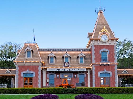 Disneyland Will Remain Closed Indefinitely Due to Coronavirus Outbreak