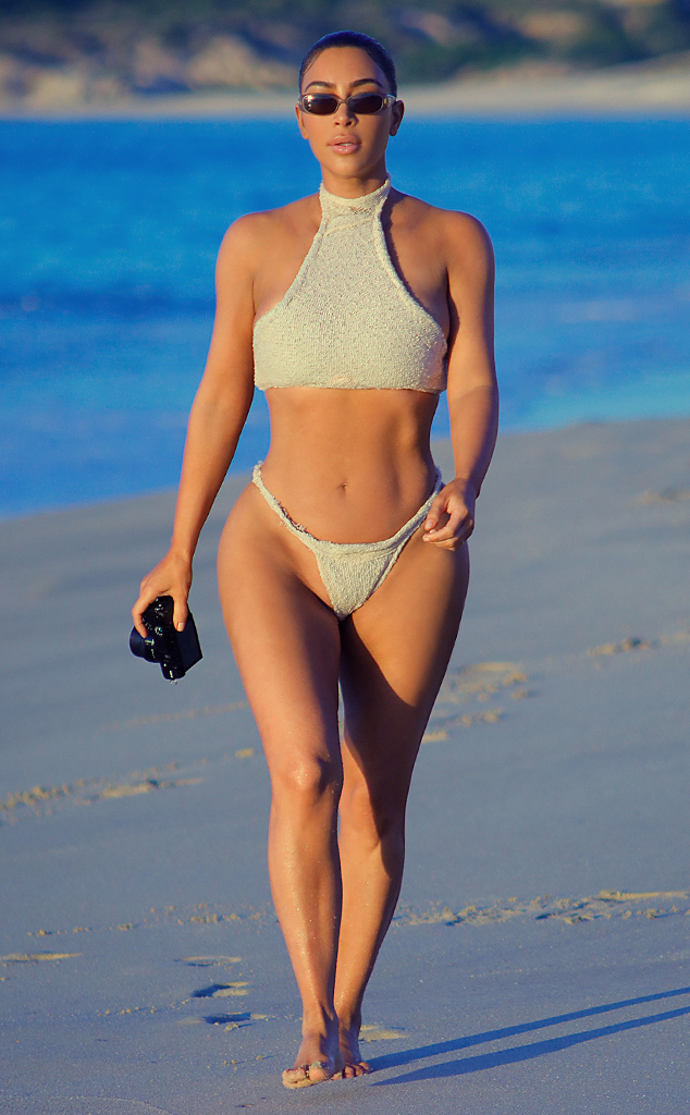 fhotos Ki bikini kardashian new