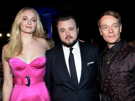 This <i>Game of Thrones</i> Cast Reunion at the 2020 SAG Awards May Make You Cry