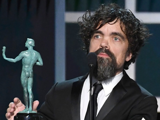 Peter Dinklage Pays Tribute to His <i>Game of Thrones</i> Cast at the 2020 SAG Awards