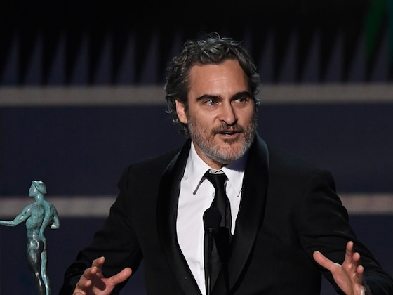 "Joaquin Phoenix Honors His ""Favorite Actor"" Heath Ledger After His Win at 2020 SAG Awards"