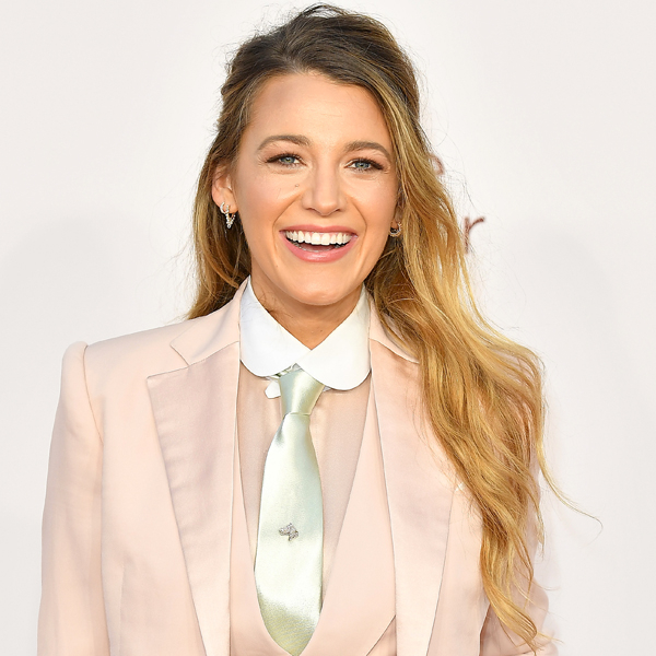 Blake Lively Is Unrecognizable As a Brunette With Blunt Bangs