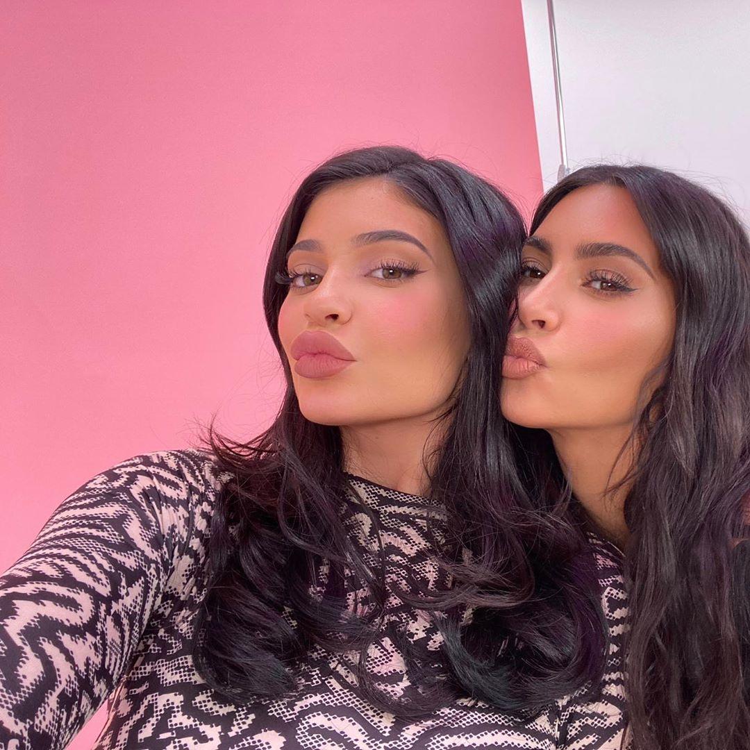 Kylie Jenner, Kim Kardashian, Instagram