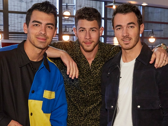 The Jonas Brothers Get Drunk and Write X-Rated Song on <i>Late Night With Seth Meyers</i>
