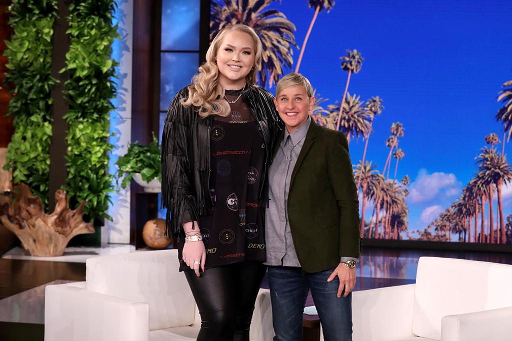 Nikkie de Jager, NikkieTutorials, Ellen DeGeneres