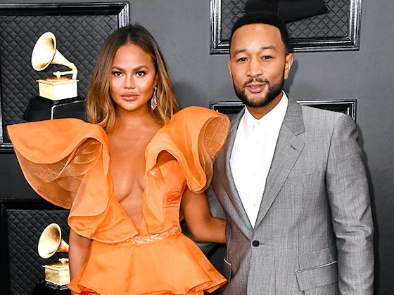 Chrissy Teigen and John Legend Return to the Grammys Red Carpet for 2020 Ceremony