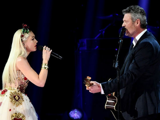 Blake Shelton and Gwen Stefani Bring the Heat to 2020 Grammys With Romantic Performance