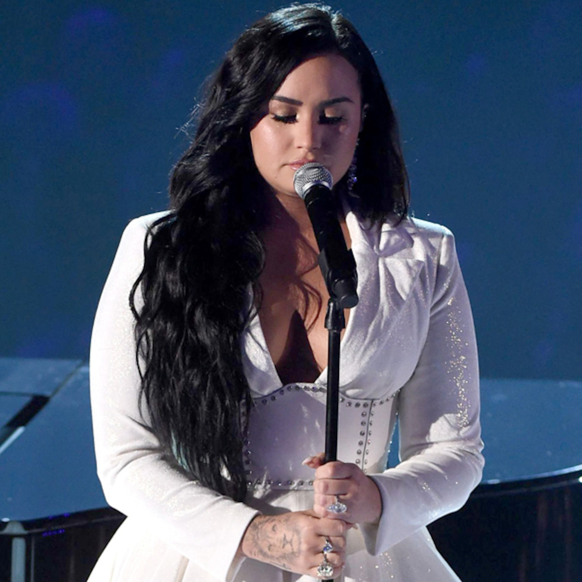 Demi Lovato Releases Heartbreaking Song Anyone After 2020 Grammys E Online Ap