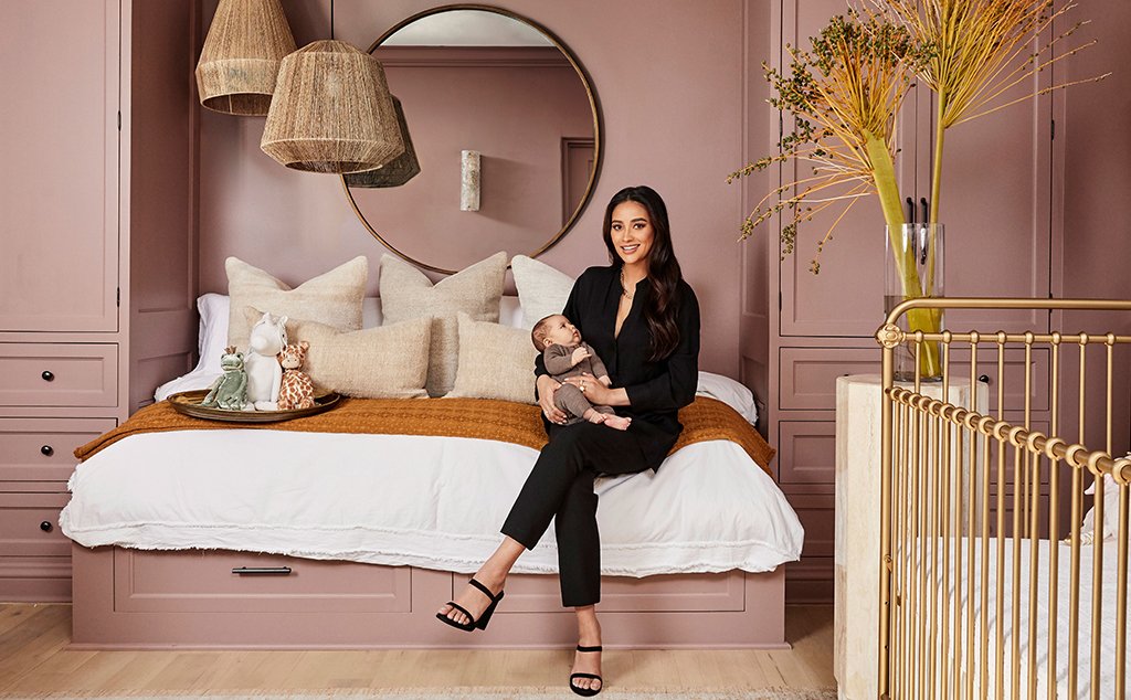 Shay Mitchell, Real Estate