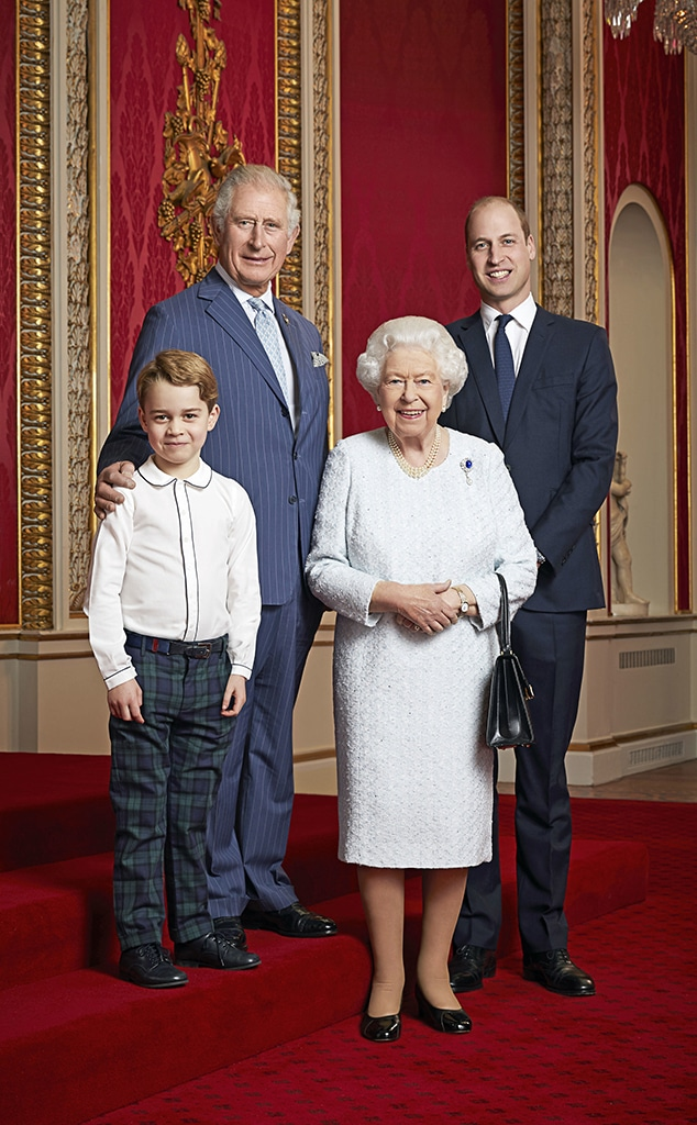 Royal Family Portrait, Prince George, Prince Charles, Queen Elizabeth II, Prince William
