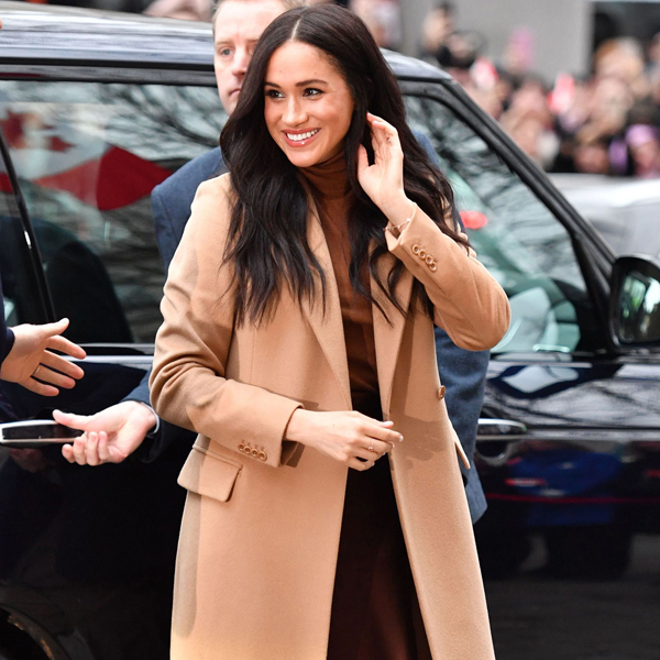 Meghan Markle Steps Out In London Ahead of Shocking Royal Announcement - E! NEWS