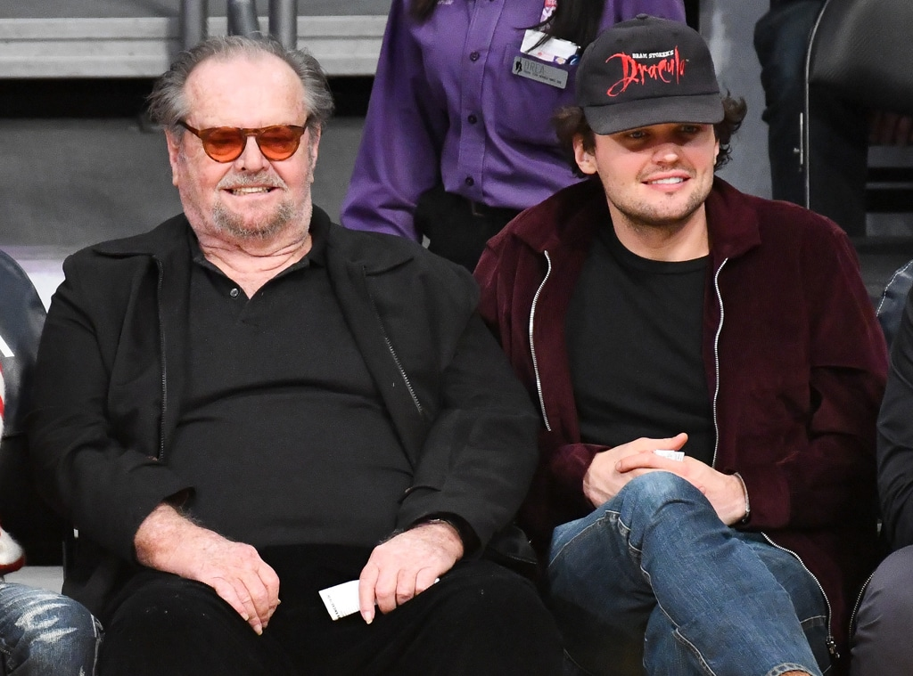 Jack Nicholson Makes Rare Public Appearance To Cheer On The Lakers E Online Ca Ray nicholson is the mayor of san francisco in the episode mr. jack nicholson makes rare public