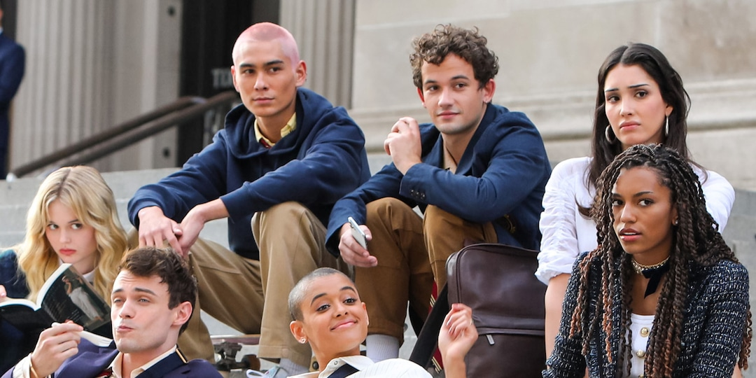 Gossip Girl Reboot's First Trailer Is Even Steamier Than We Expected - E! Online.jpg