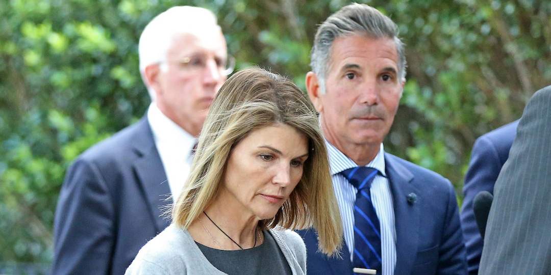 How Lori Loughlin Is Adjusting to Freedom During Mossimo Giannulli's Prison Sentence - E! Online.jpg