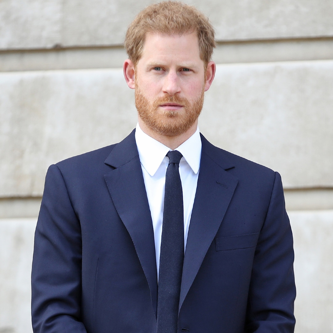 "Prince Harry's Friend Says He's ""Heartbroken"" Over Ongoing Estrangement From Royal Family – E! NEWS"