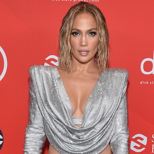 Jennifer Lopez, 2020 American Music Awards, AMAs, red carpet fashions