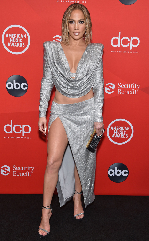 Jennifer Lopez, 2020 American Music Awards, AMAs, red carpet fashions