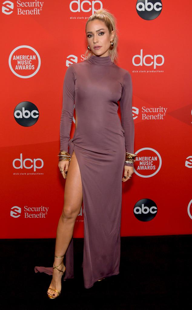 Kristin Cavallari, 2020 American Music Awards, AMAs, red carpet fashions