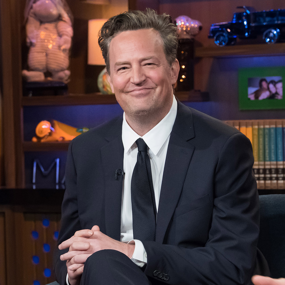 Photo of Friends Star Matthew Perry Is Engaged to 29-Year-Old Girlfriend Molly Hurwitz – E! Online