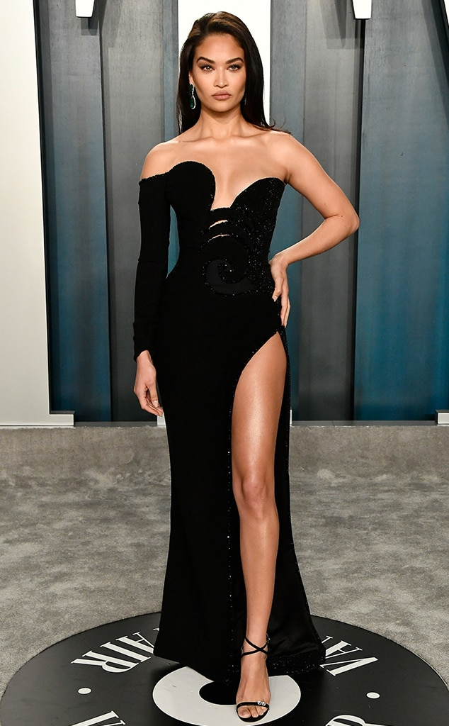 See The Vanity Fair Oscars After Party 2020 Red Carpet Looks E Online