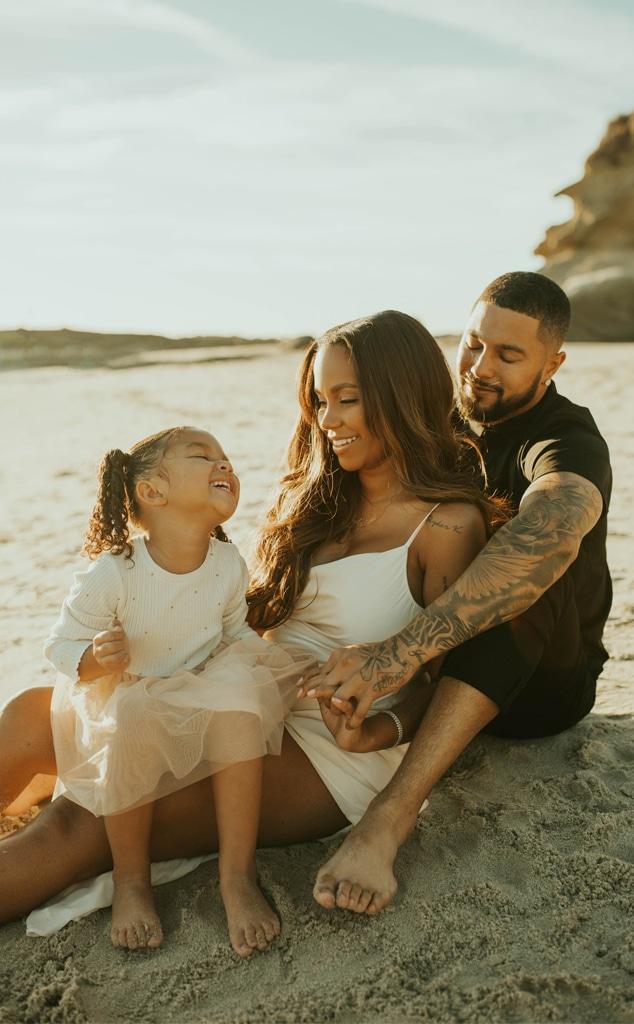 Cheyenne Floyd, Zach Davis, maternity shoot, pregnancy