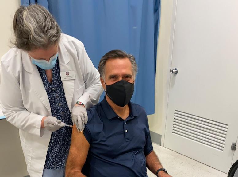 Mitt Romney, COVID-19 vaccination