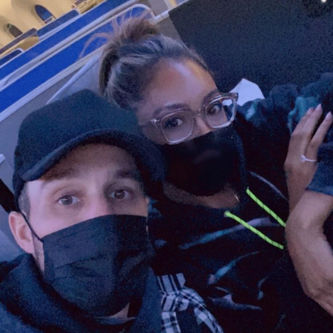The Bachelorette's Tayshia Adams and Zac Clark Head Off to Celebrate Christmas in New York – E! Online