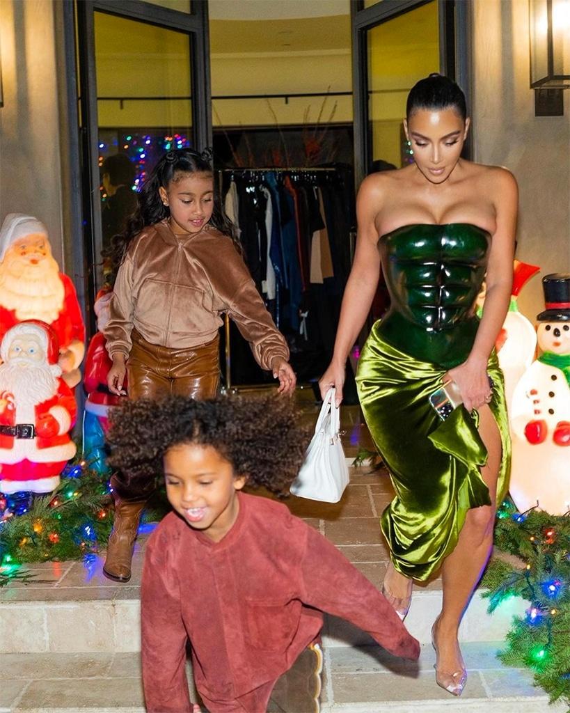Kim Kardashian, North West, Saint West, Christmas 2020