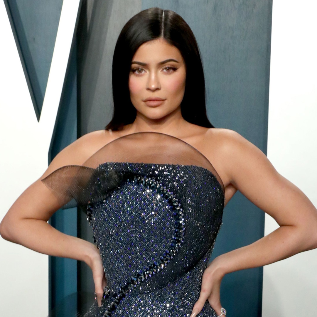 Kylie Jenner Is a Vision in White on Her Last Day of Filming Keeping Up With the Kardashians – E! Online