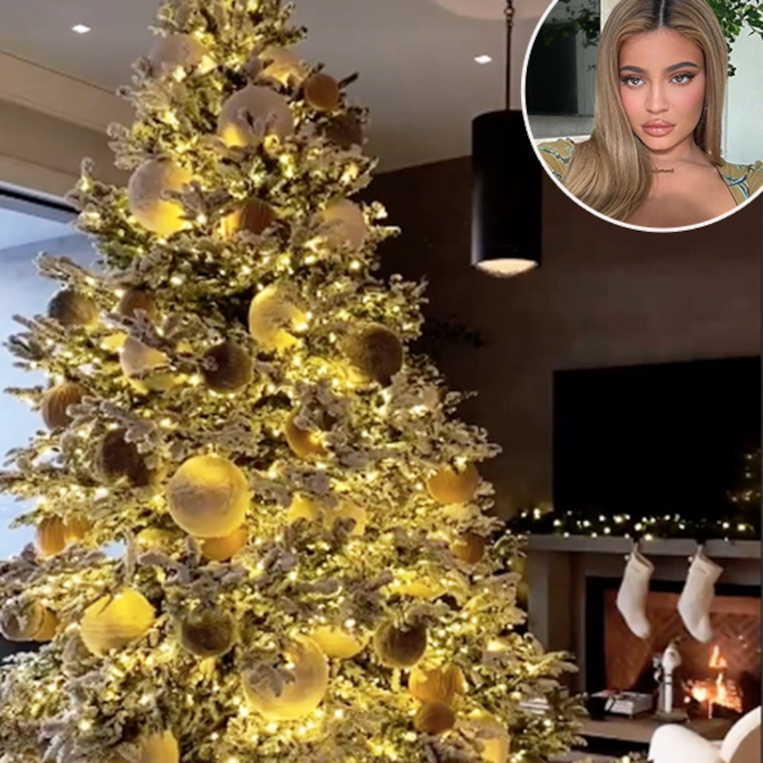 Kylie Christmas Collection 2021 Photos From Kylie Jenner And Stormi Webster S 2020 Christmas Decorations E Online Ap