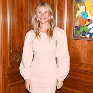 Gwyneth Paltrow, Makeup Free Goop Dinner