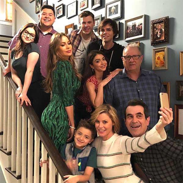 Modern Family Stars Share Photos of Last Day on Set