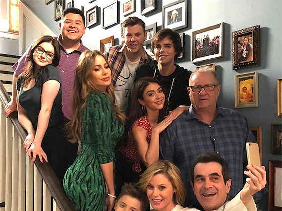 <i>Modern Family</i> Stars Say Goodbye to Show and Share Photos of Last Day on Set