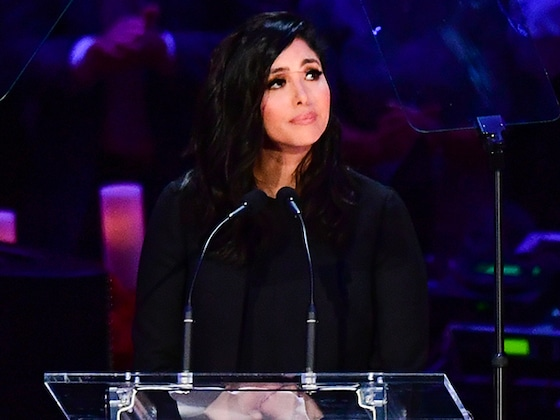 Vanessa Bryant Gives Beautiful Speech Honoring Kobe Bryant and Daughter Gianna During Memorial